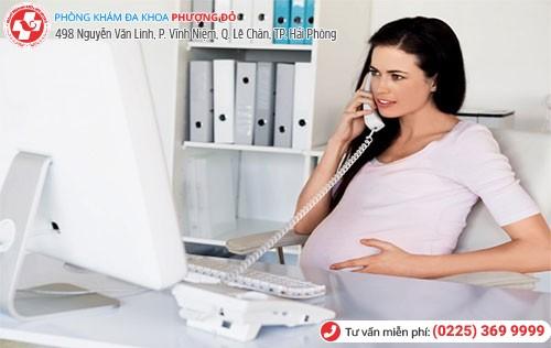 bệnh trĩ khi mang thai vì thường xuyên ngồi lâu làm việc