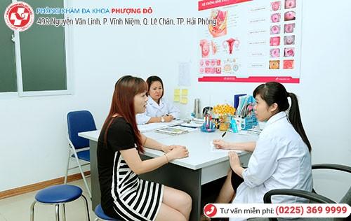 Bác sĩ chuyên khoa giỏi trực tiếp chữa bệnh vùng kín cho chị em
