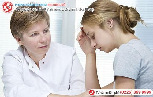 Nên hỏi ý kiến bác sĩ khi tình trạng kinh nguyệt không đều ở tuổi dậy thì làm vạn lo lắng