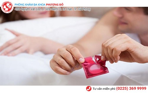 Sử dụng bao cao su là giải pháp tránh thai hiệu quả